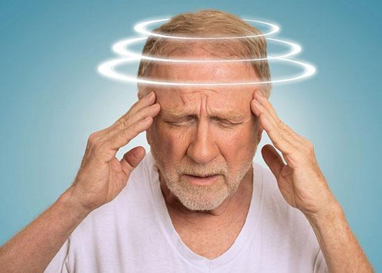 همه آنچه باید درباره سرگیجه و دلایل آن بدانید