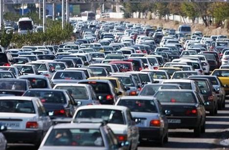 بازگشت تهرانی ها به پایتخت، ترافیک سنگین در آزادراه کرج-تهران
