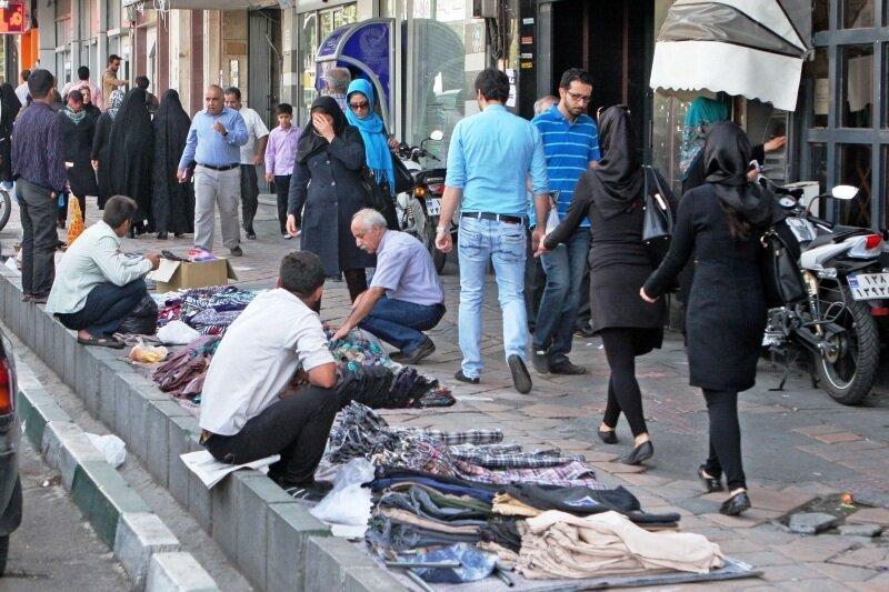 عیدی یک میلیون تومانی به 4000 دستفروش پایتخت ، شهرداری مسئول توزیع عیدی دستفروشان