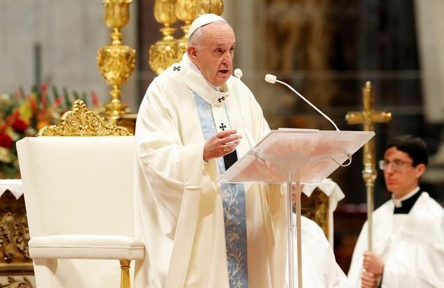خبرنگاران درخواست محقق داماد از پاپ برای برطرف تحریم ها علیه ایران