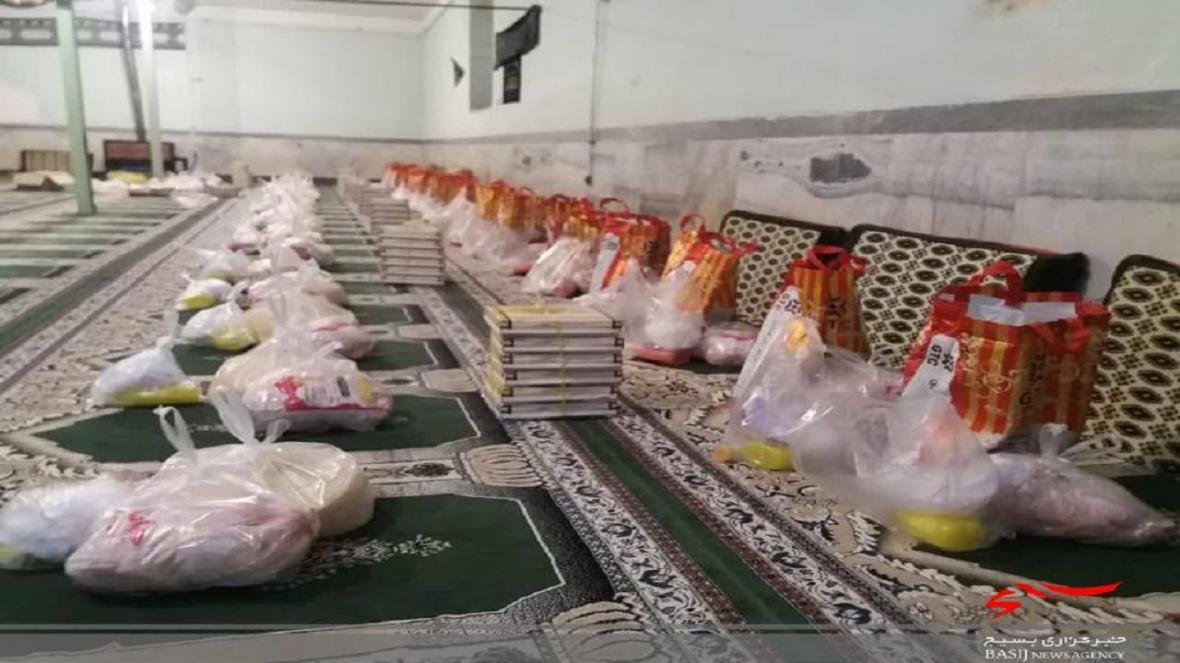 اهدای 57 بسته بهداشتی به نیازمندان روستای خاردان