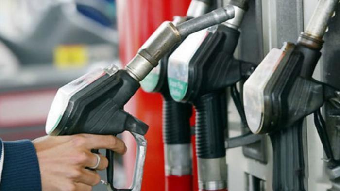 کاهش 50 میلیون لیتری بنزین در 15 روز اول فروردین