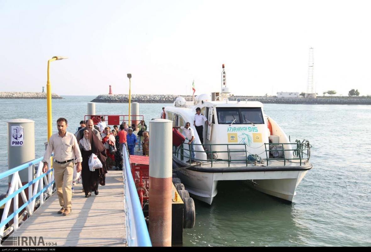 خبرنگاران توسعه گردشگری دریایی از اولویت های استان بوشهر است