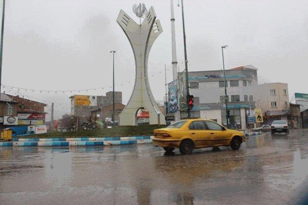 ممنوعیت جابه جایی بیش از 3 سرنشین در تاکسی های خلخال