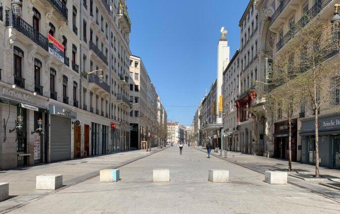 احتمال تمدید قرنطینه در فرانسه