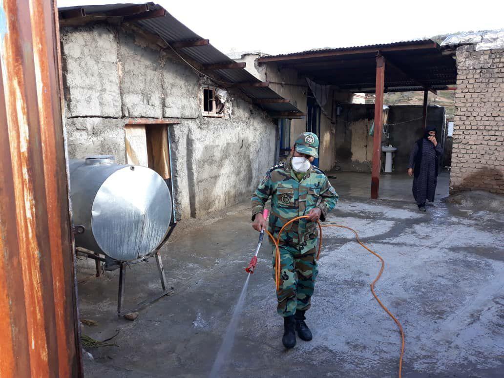 خبرنگاران ضدعفونی روستاهای سلسله توسط تیپ 184 خرم آباد