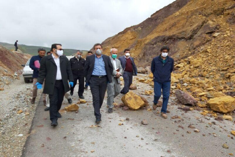 خبرنگاران برخورد جدی با مقصران حادثه رانش کوه در جاده اشنویه - ارومیه