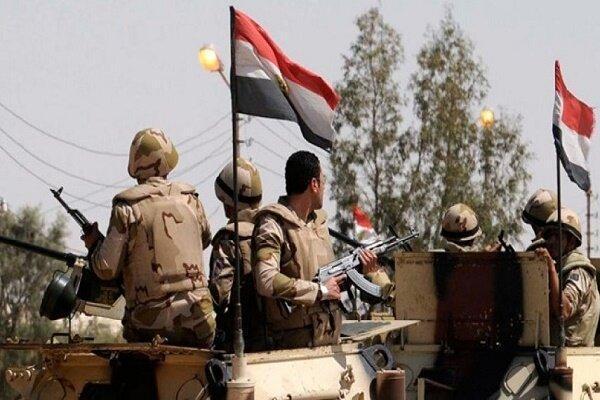 انفجار خودروی زرهی نظامیان مصری در شمال سینا