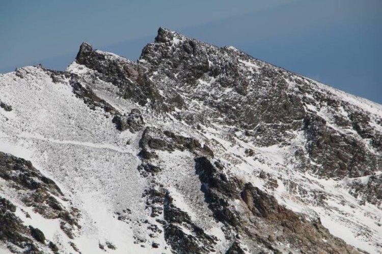 پیکر کوهنورد شیرازی بعد از 3 ماه در علم کوه پیدا شد