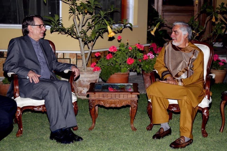 خبرنگاران هیأت ایرانی با رئیس شورای عالی مصالحه افغانستان دیدار کرد