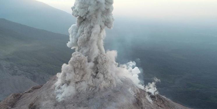 مطالعه دقیق آتشفشان فعال با پهپاد ممکن شد