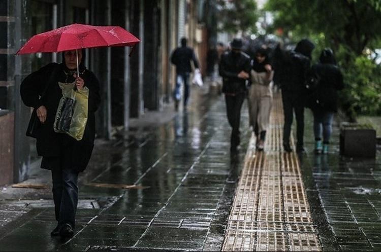 کاهش دما و تشدید بارش در استان های ساحلی خزر
