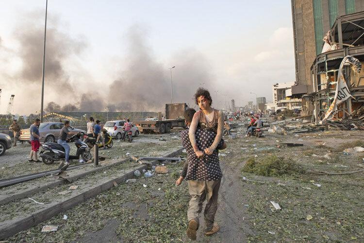 تصاویر دلخراش از انفجار بیروت ، روزی که قلب خاورمیانه از اندوه مچاله شد