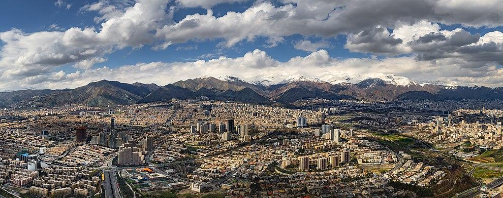 قصه های تهرون با معرفی رویداد ها و مکان های تاریخی طهران قدیم در یکصد سال گذشته