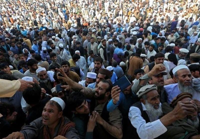 جان باختن 15 متقاضی دریافت ویزا پاکستان بر اثر ازدحام در شرق افغانستان