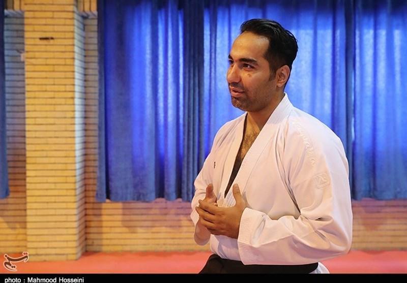 حسین روحانی واکسن کرونا را تزریق کرد