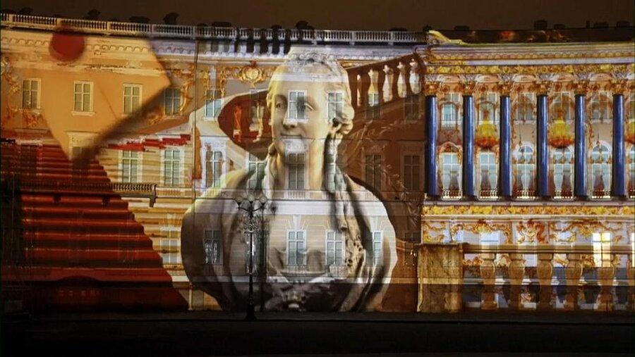 به مناسبت 256 سالگی موزه هرمیتاژ؛ نورپردازی سه بعدی بزرگترین مجموعه نقاشی های دنیا در سن پترزبورگ