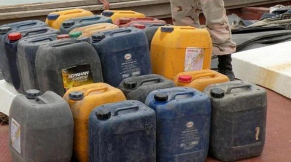 خبرنگاران 12 محل دپوی سوخت قاچاق در یکی از شهرکهای صنعتی شهر زاهدان تخریب شد