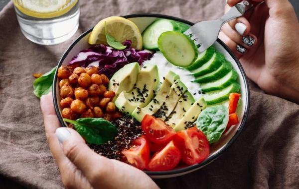 بایدها و نبایدهای تغذیه در دوران قاعدگی (پریود)