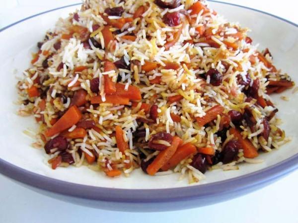 طرز تهیه هویج پلو به 3 روش (با مرغ، گوشت و بدون گوشت)