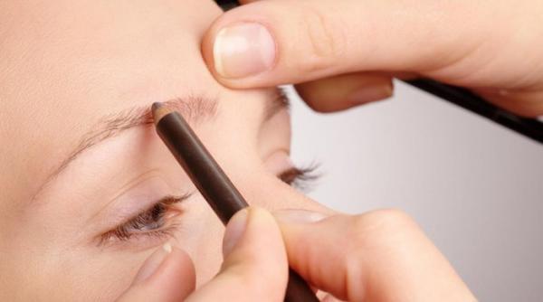 آموزش گام به گام آرایش ابرو با مداد