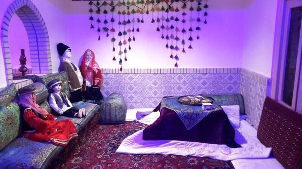 خبرنگاران مدیرکل میراث فرهنگی یزد: مسافران از اقامتگاه های مجوزدار استفاده کنند