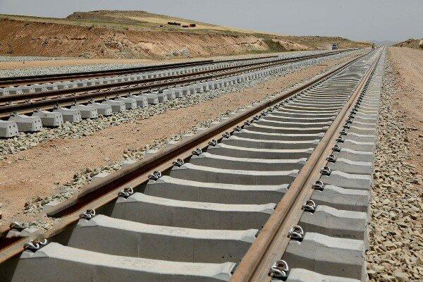 خطیبی: 650 کیلومتر راه آهن نیمه نخست امسال افتتاح می شود